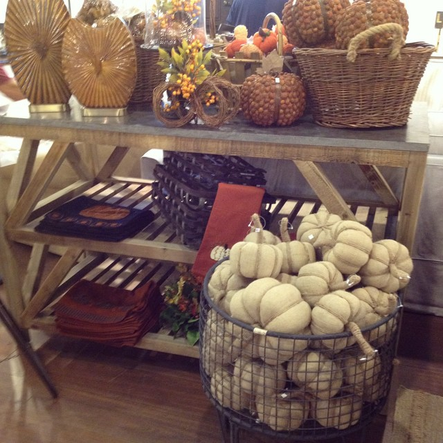 More fall decor streaming in- Let's take a poll- are you a classic orange pumpkin purist or do you crave the elegance of the white?? Do tell! #fall #home #white #decor #pumpkin #pretty #orange #laurieshomefurnishings