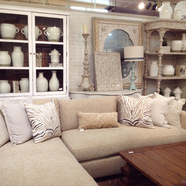 We're still loving all the fall decor- and we'll be back with more this week- but this serene sectional just begged to have her photo taken. White on white on cream. #pretty #home #decor #sectional #laurieshomefurnishings