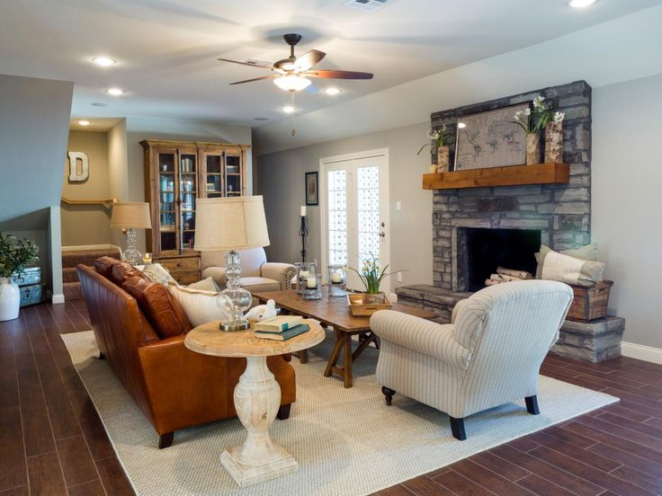 Tune in to 39 fixer upper 39 for Upper living room designs