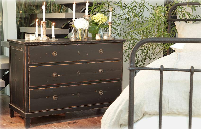 iron-bed-n-dresser